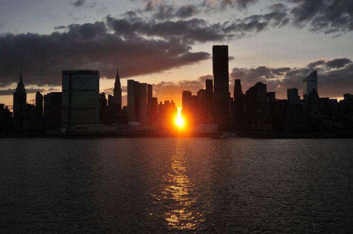 Miracolul Manhattanhenge