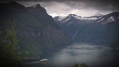 Minunatie: A Norway Passage