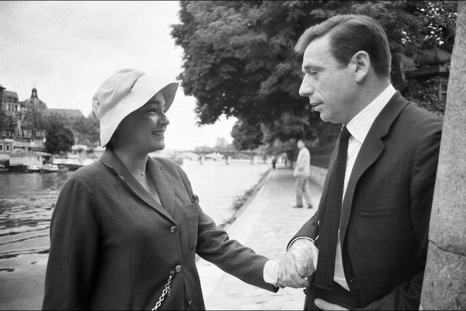 10-Simone-Signoret-et-Yves-Montand_-1963