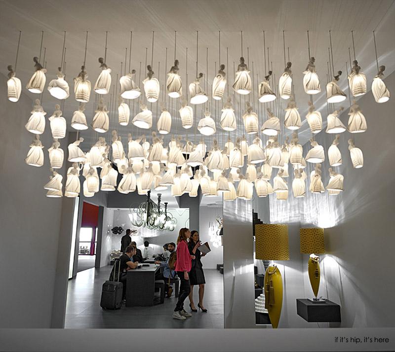 dame-lights-at-euroluce-booth-IIHIH